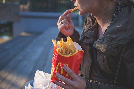 manger dans la rue